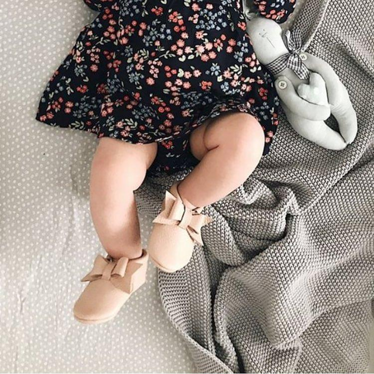 T- STRAP MOCCASINS WITH BOW - Spinel Boutique