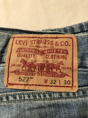 Levi's 527 Jeans W32 L30 (L8) - Discounted Deals UK