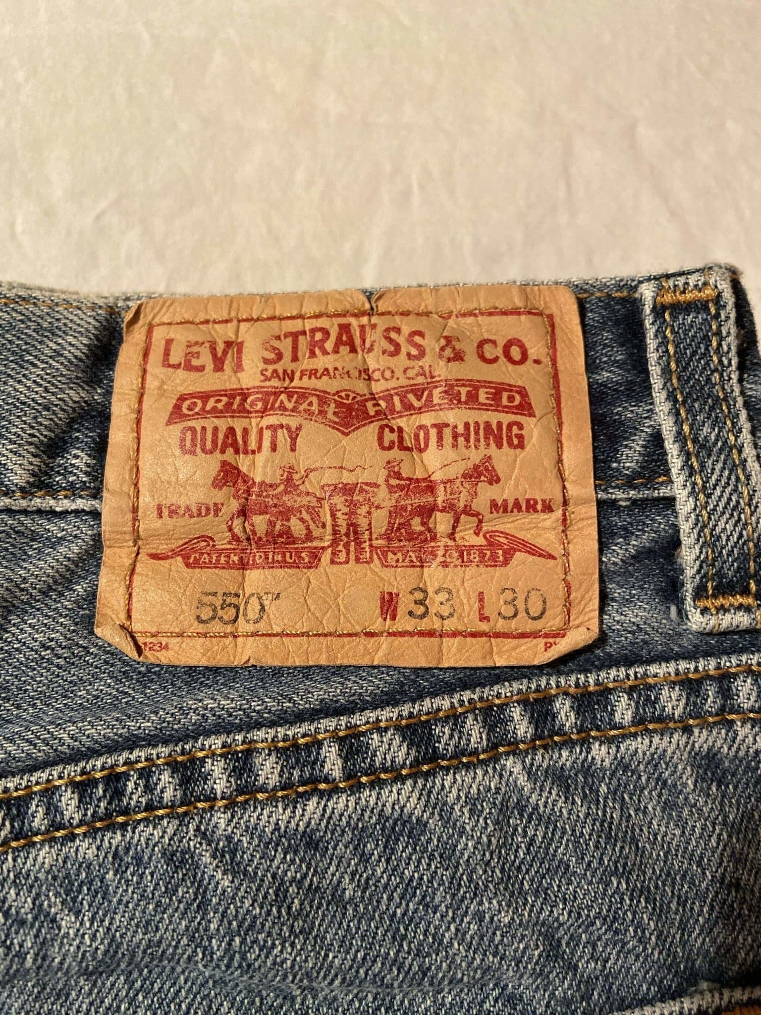 Levi's 550 Jeans W33 L30 (T3) - Discounted Deals UK