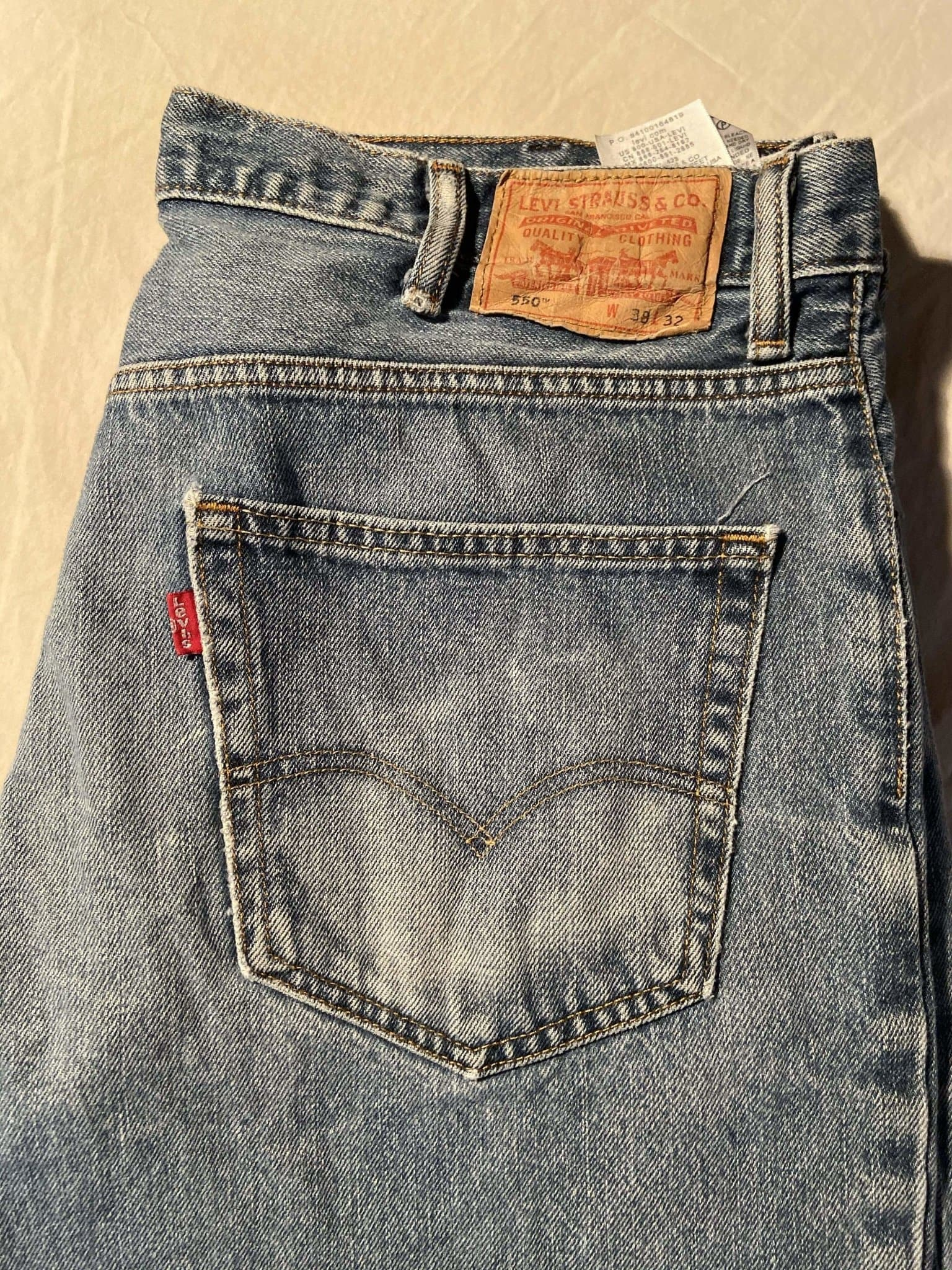 Levi's 550 Jeans W38 L32 (T3) - Discounted Deals UK
