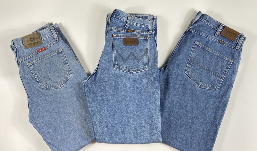 Vintage As New Authentic American Wrangler Lighter Blue Denim Jeans Waist 31 Length 30 (WR2) - Discounted Deals UK