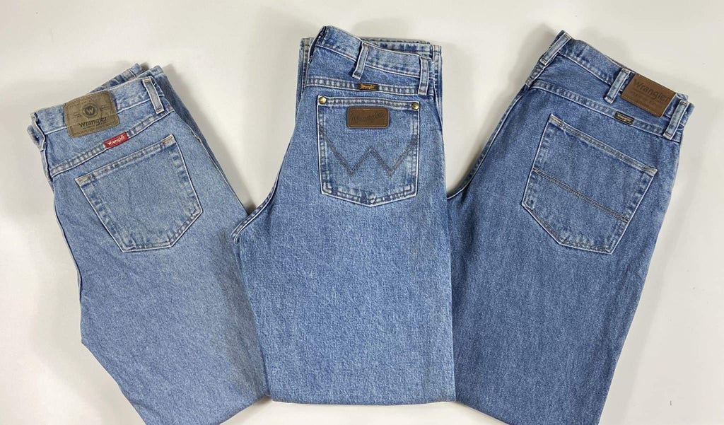 Vintage Authentic American Wrangler Lighter Blue Denim Jeans Waist 36 Length 29 - Discounted Deals UK