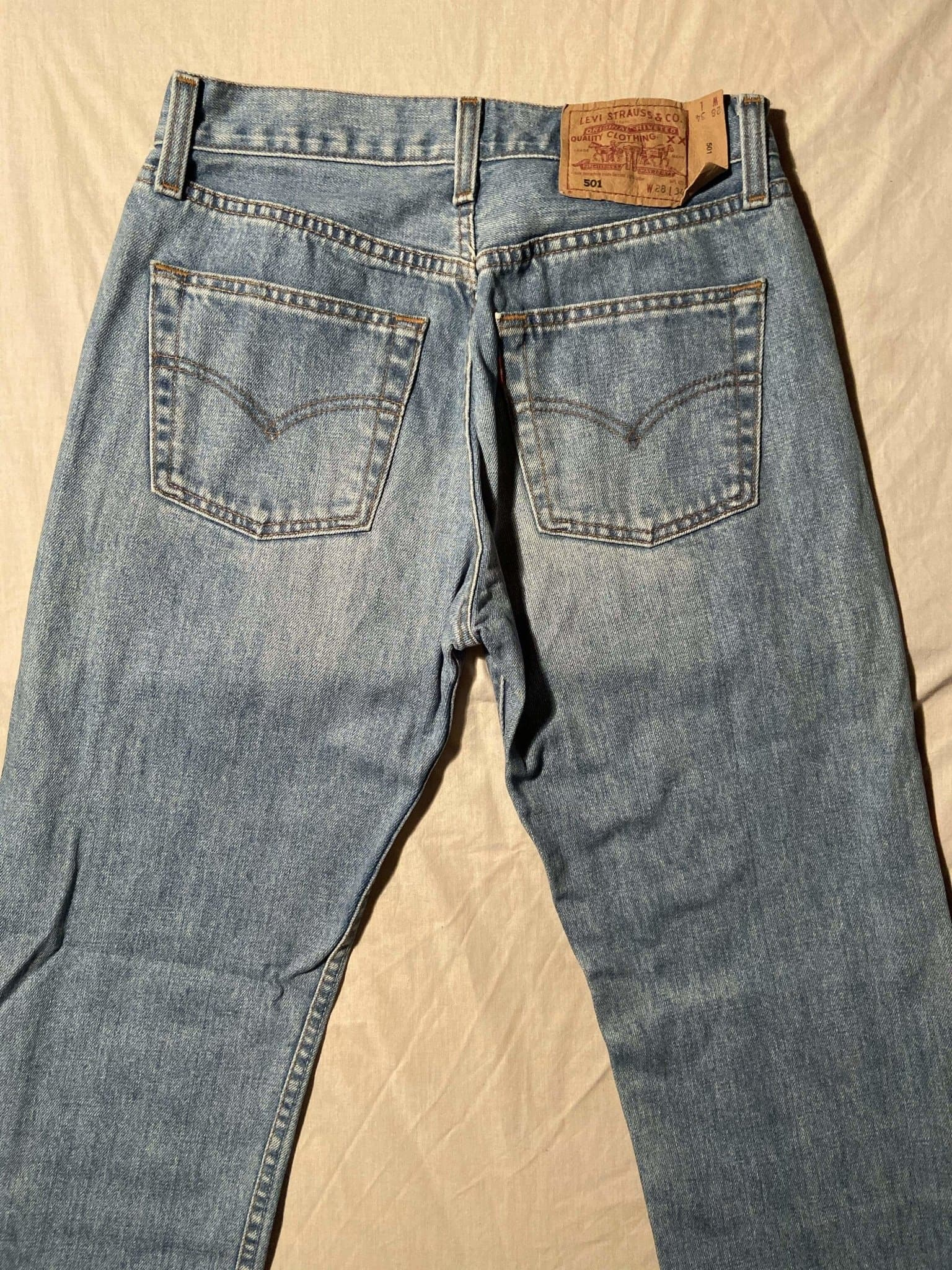 Vintage Grade A Levi's Original 501 Regular Fit Jeans W28 L34 (DE7) - Discounted Deals UK
