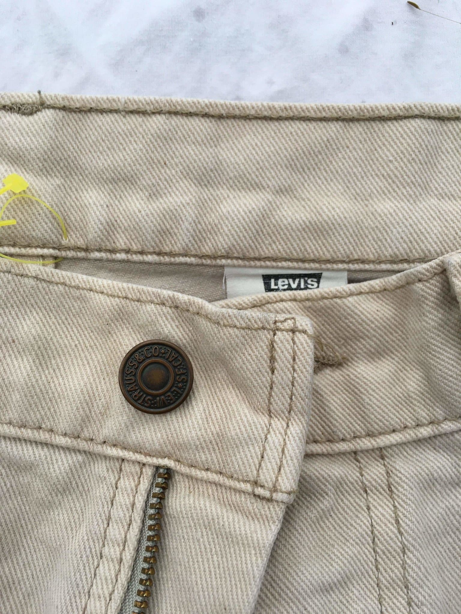 Vintage Levi's 550 Jeans W33 L32 (K5) - Discounted Deals UK