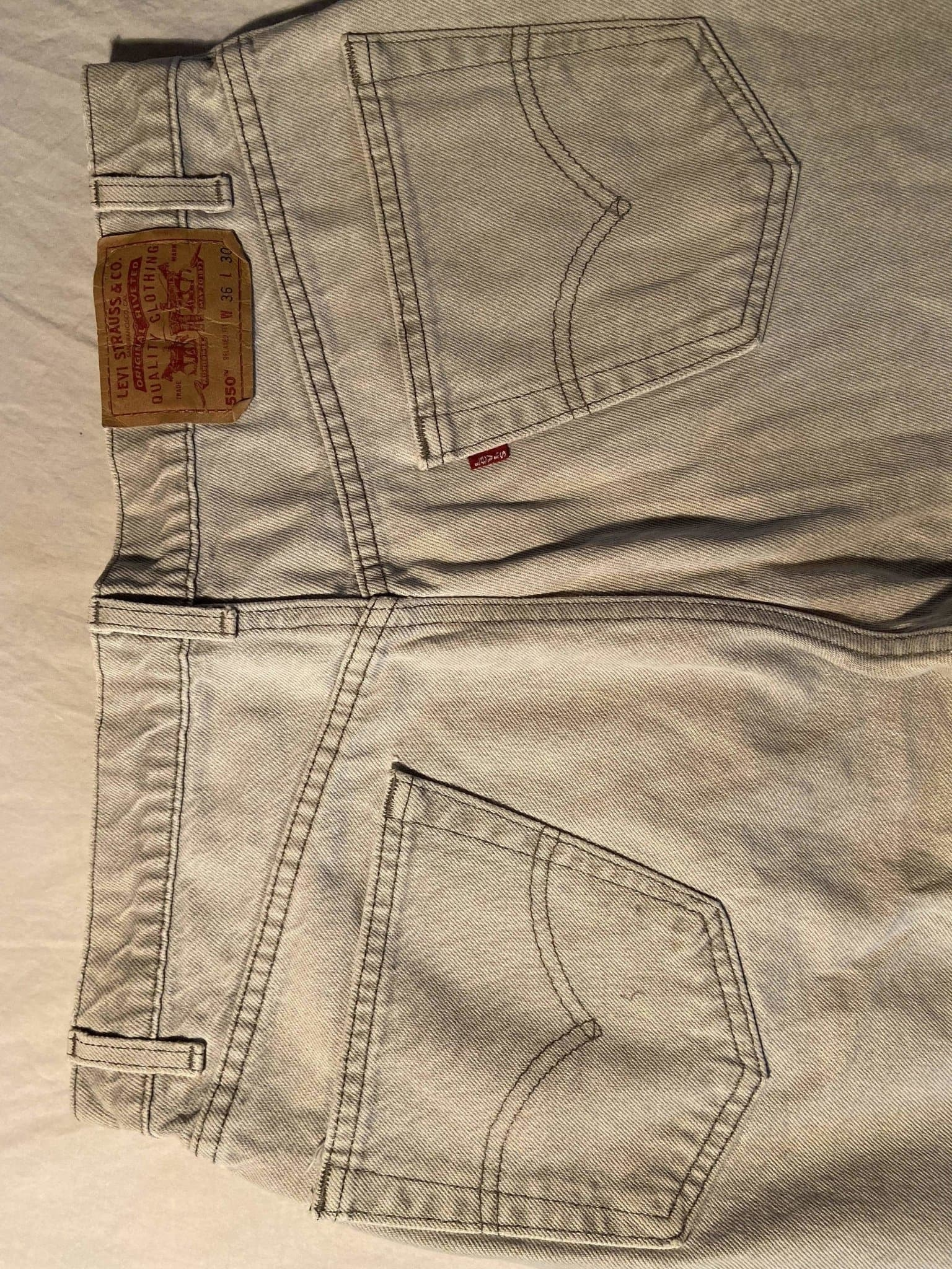 Vintage Levi's 550 Jeans W36 L30 (K5) - Discounted Deals UK