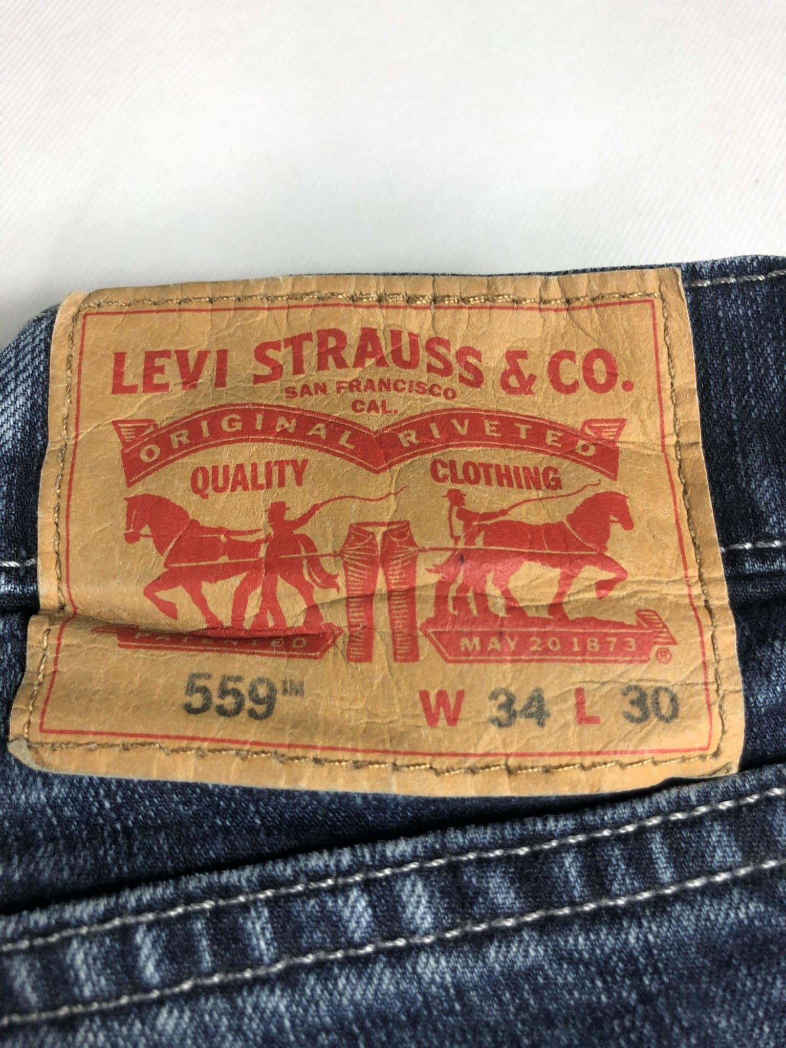 Vintage Levi's 559 Jeans W34 L30 (Z21) - Discounted Deals UK