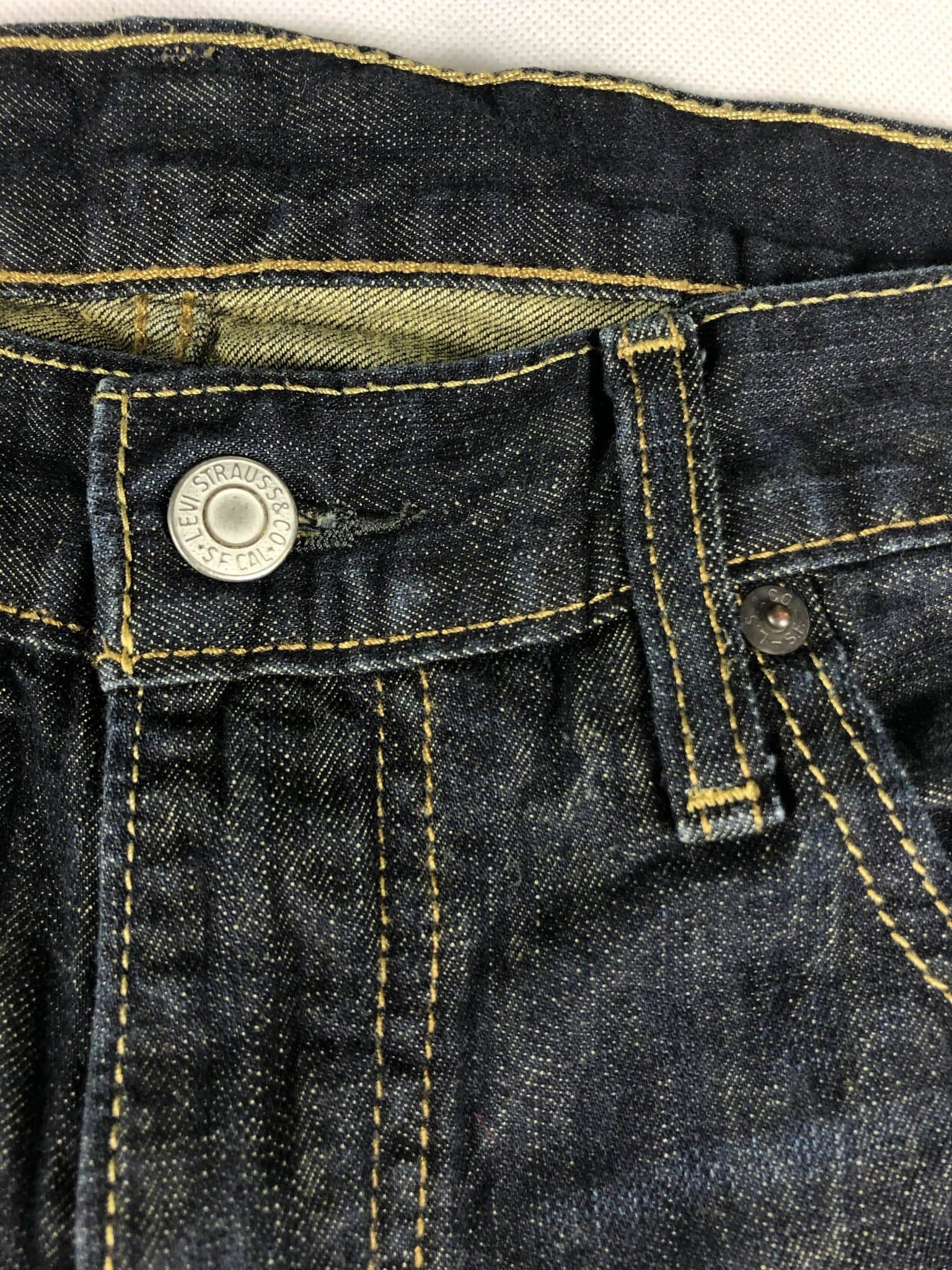 Vintage Levi's 569 Jeans W29 L32 (M15) - Discounted Deals UK