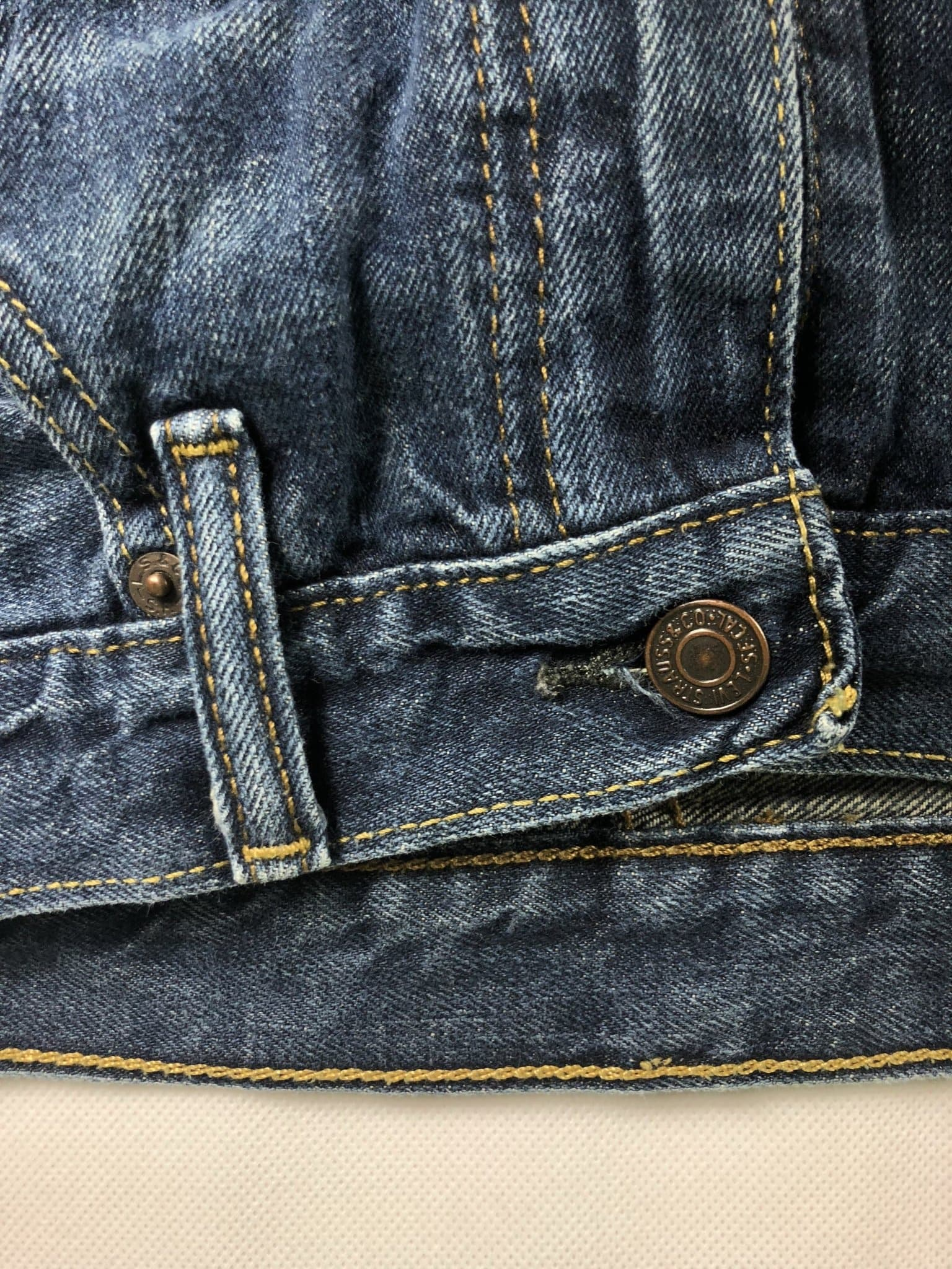 Vintage Levi's 569 Jeans W32 L32 (Z21) - Discounted Deals UK
