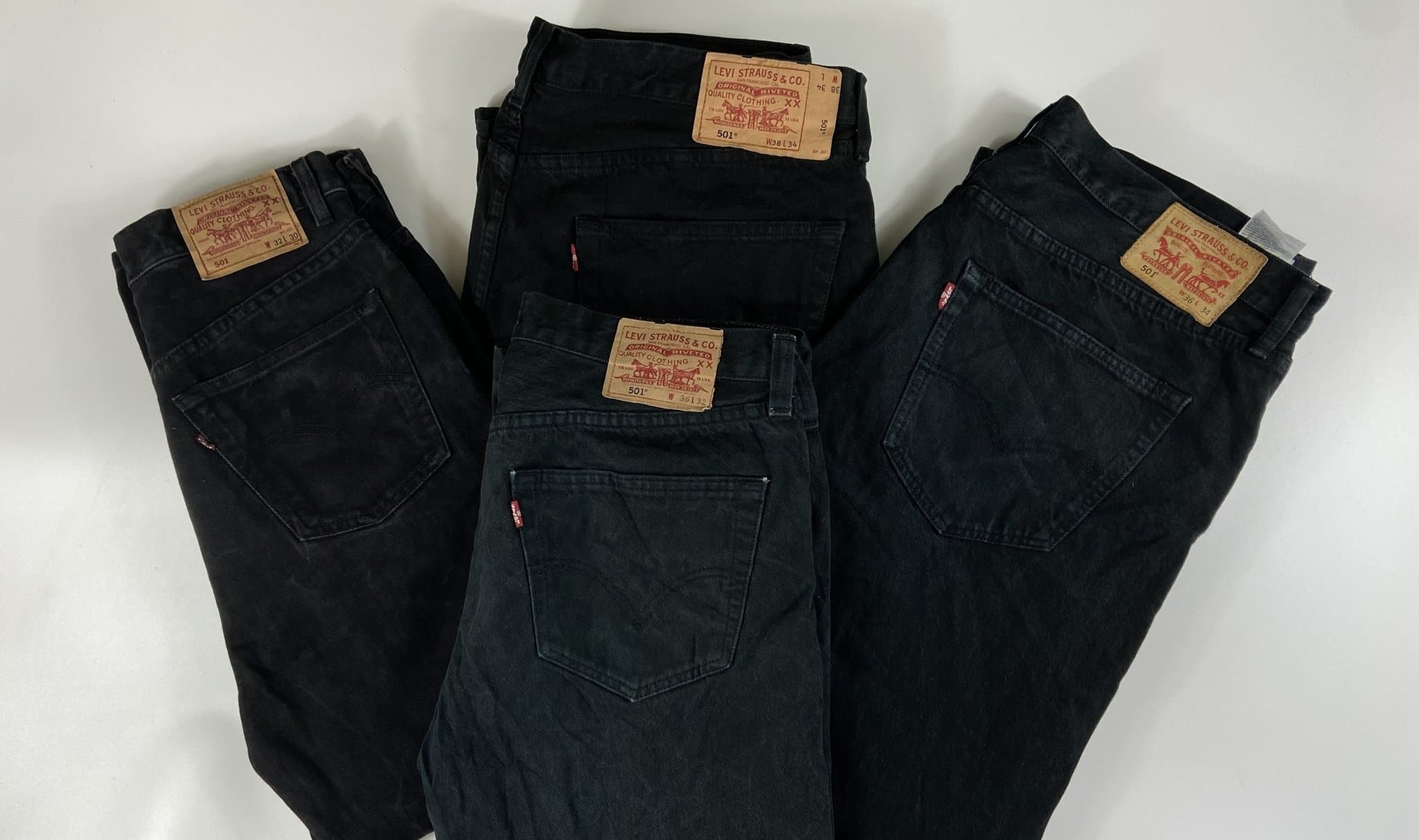 Vintage Levi's Classic 501 Jeans Dark Black/Grey W32 L34 (LVB1) - Discounted Deals UK