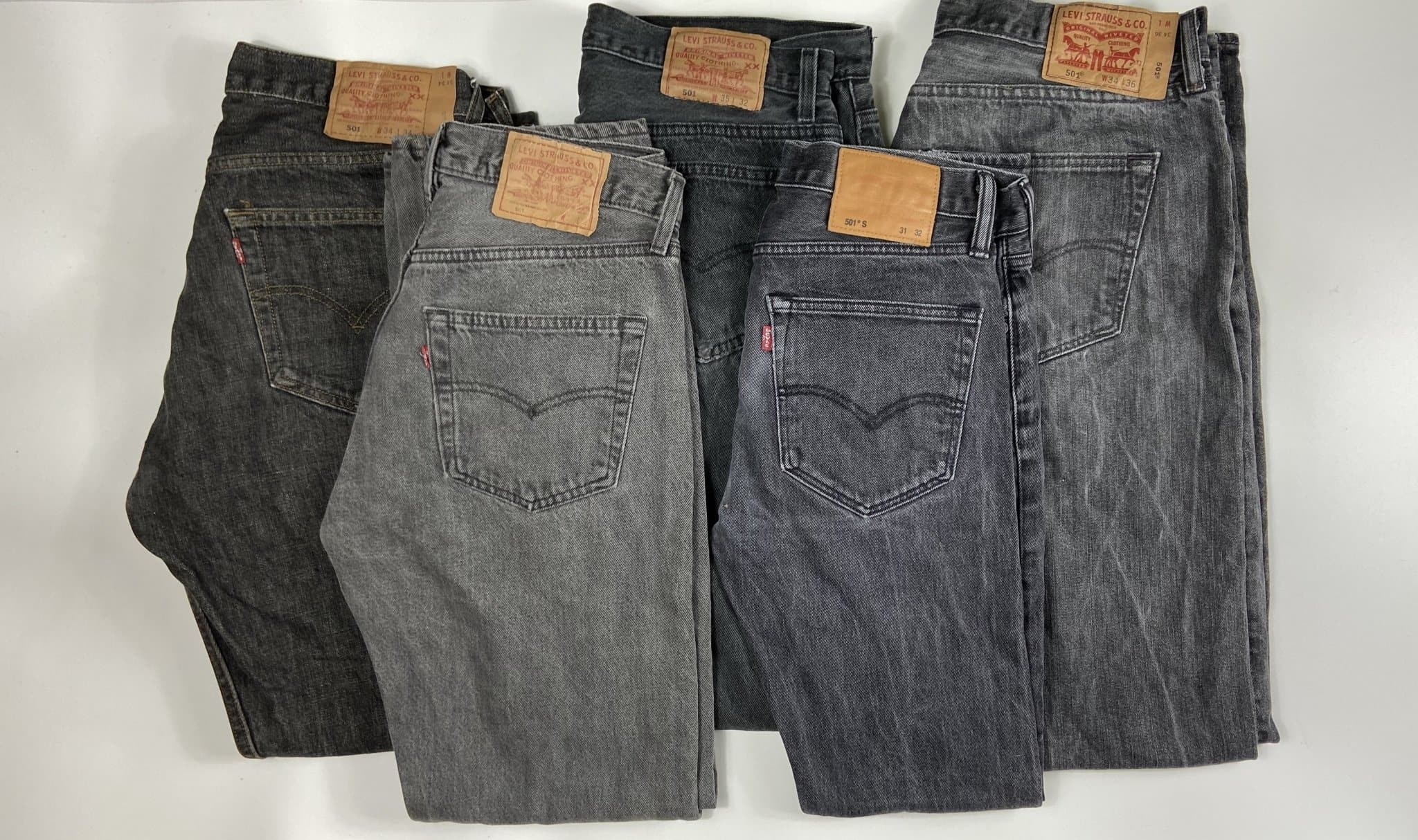 Vintage Levi's Classic 501 Jeans Dark Charcoal W30 L32 (G17) - Discounted Deals UK