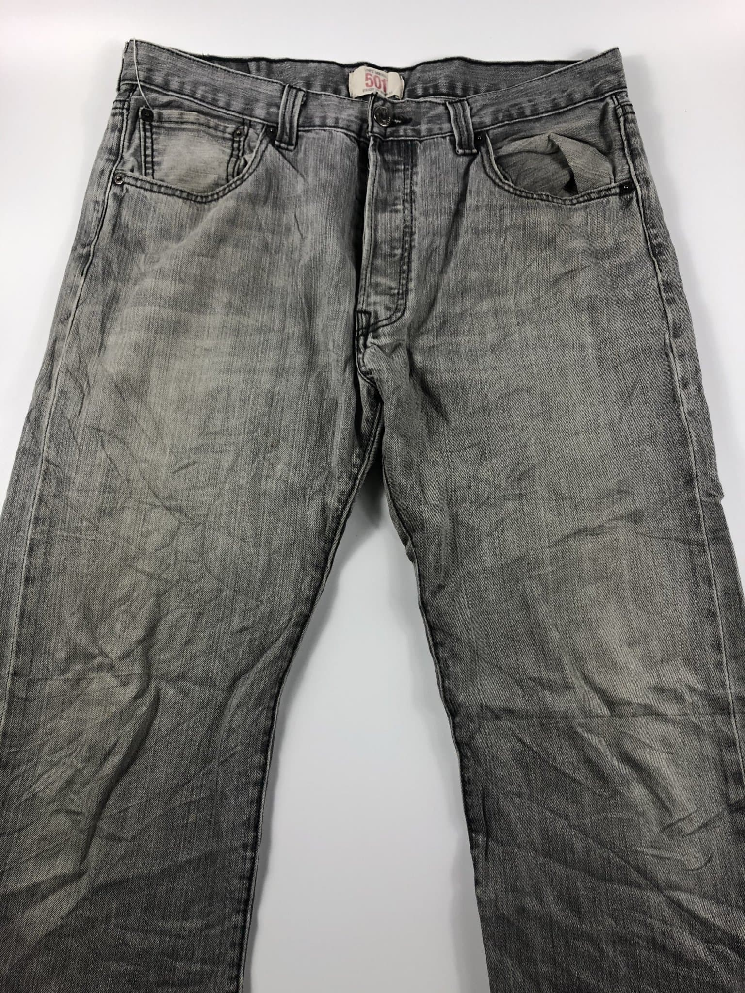 Vintage Levi's Classic 501 Jeans W34 L32 (I11) - Discounted Deals UK