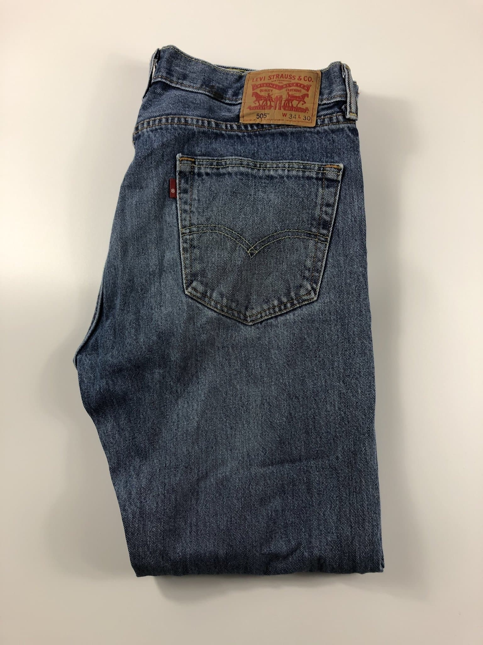 Vintage Levi's Classic 505 Jeans W34 L30 (K5) - Discounted Deals UK