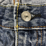 Vintage Levi's Classic 505 Jeans W38 L32 (P1) Has Small Distressed Rip In Knee - Discounted Deals UK