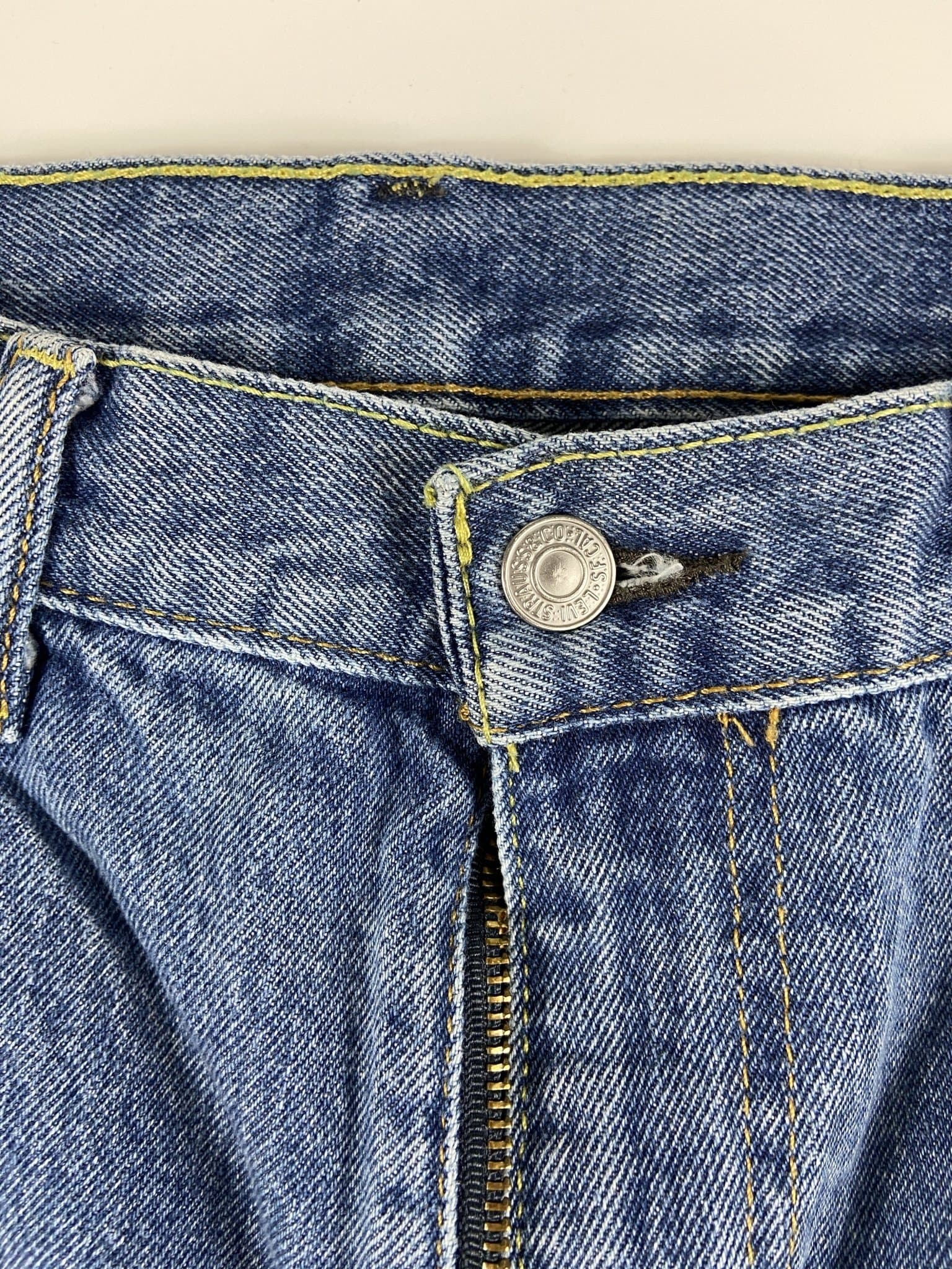 Vintage Levi's Classic 517 Jeans W32 L32 (QZ1) - Discounted Deals UK