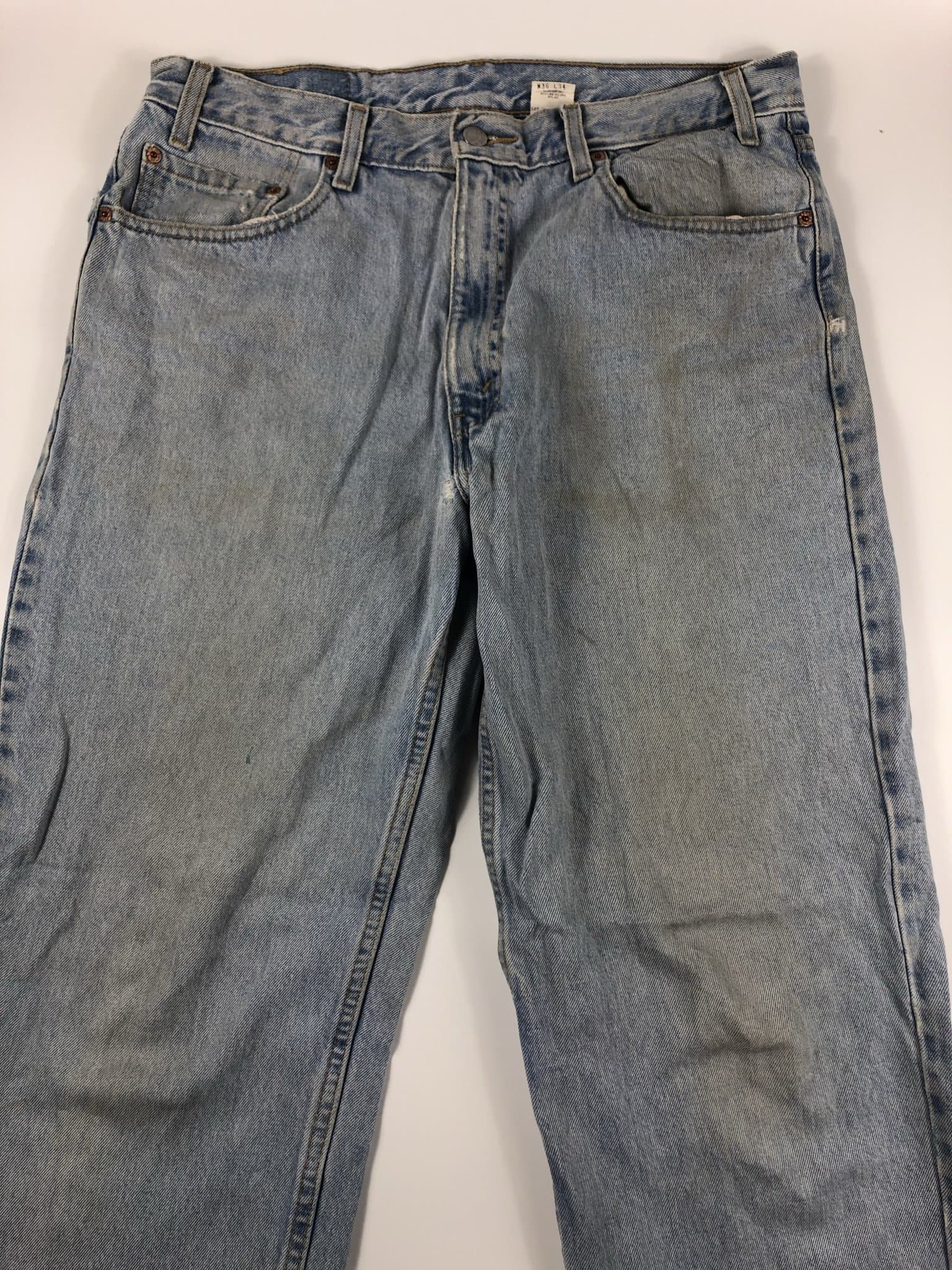 Vintage Levi's Classic 550 Jeans W36 L34 (E5) - Discounted Deals UK