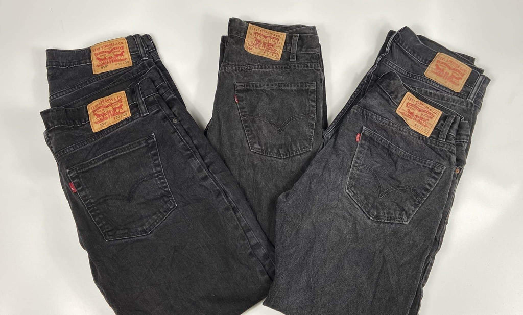 Vintage Levi's Dark Black Zip Fly Jeans Waist 34 Length 32 - Discounted Deals UK