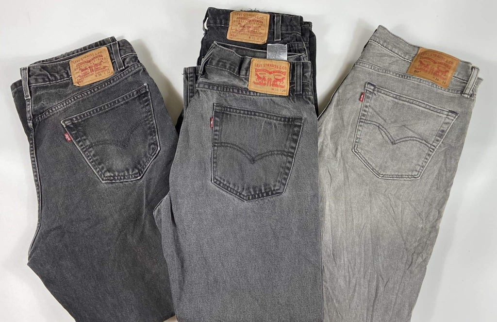 Vintage Levi's Grey/Charcoal Zip Fly Jeans Waist 32 Length 34 (GCMX1) - Discounted Deals UK