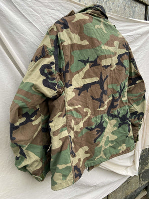 Vintage NATO M-65 US ARMY Field Jacket With Patches - Size Large   (W2) - Discounted Deals UK