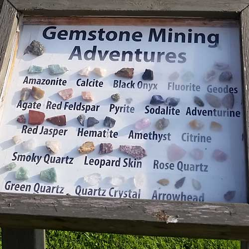 Gem Stone Mining - School Groups - Scenic Caves, Collingwood