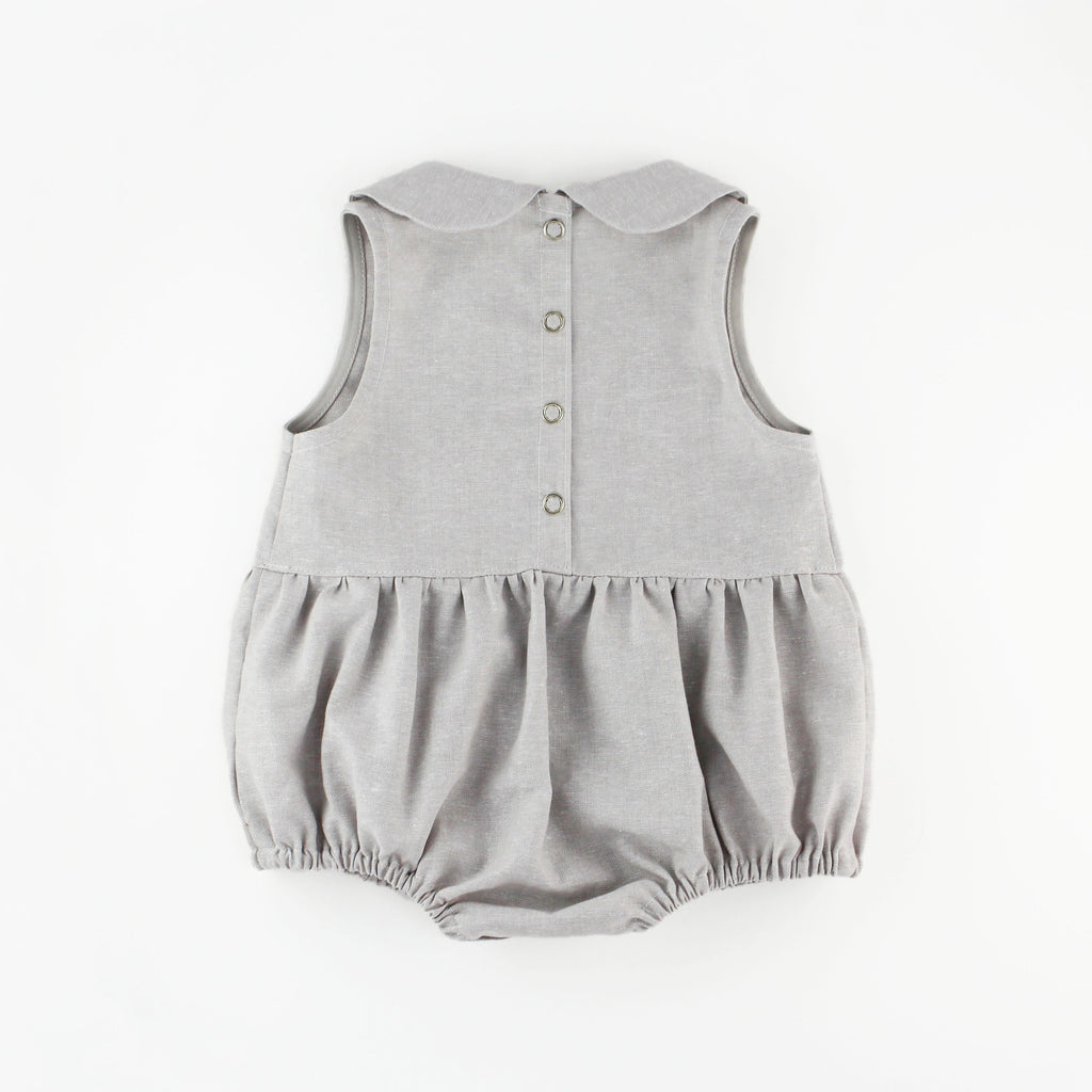 snap back of grey linen peter pan collar romper pattern