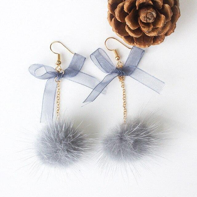 Bow'n'Puff earrings - Trill Angelz