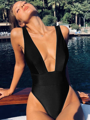Solid Color Slim Fit One-piece Swimsuit