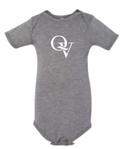 QUAKER VALLEY INFANT GREY ONESIE W/ ONE COLOR DESIGN