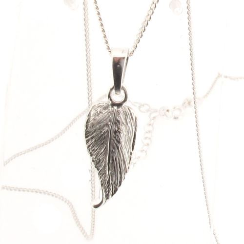 Sterling Silver Leaf Pendant and Chain