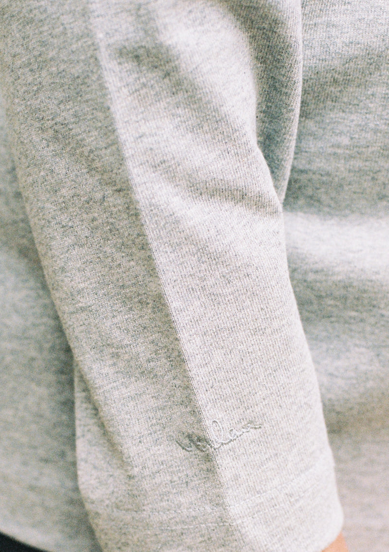 GREY LONG SLEEVE T-SHIRT - SLEEVE BRANDING