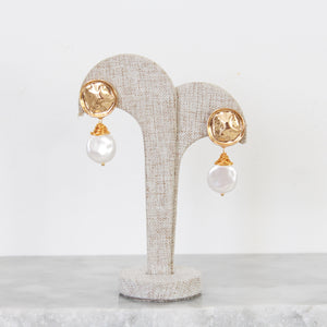 Aretes Pearl and Gold