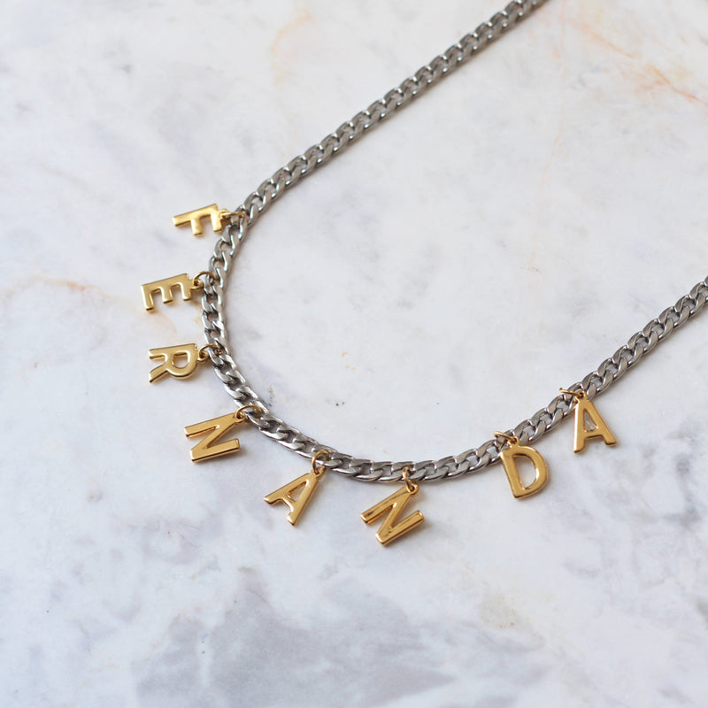 Collar Chunky Letters