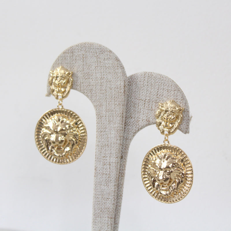 Aretes Strong Statement