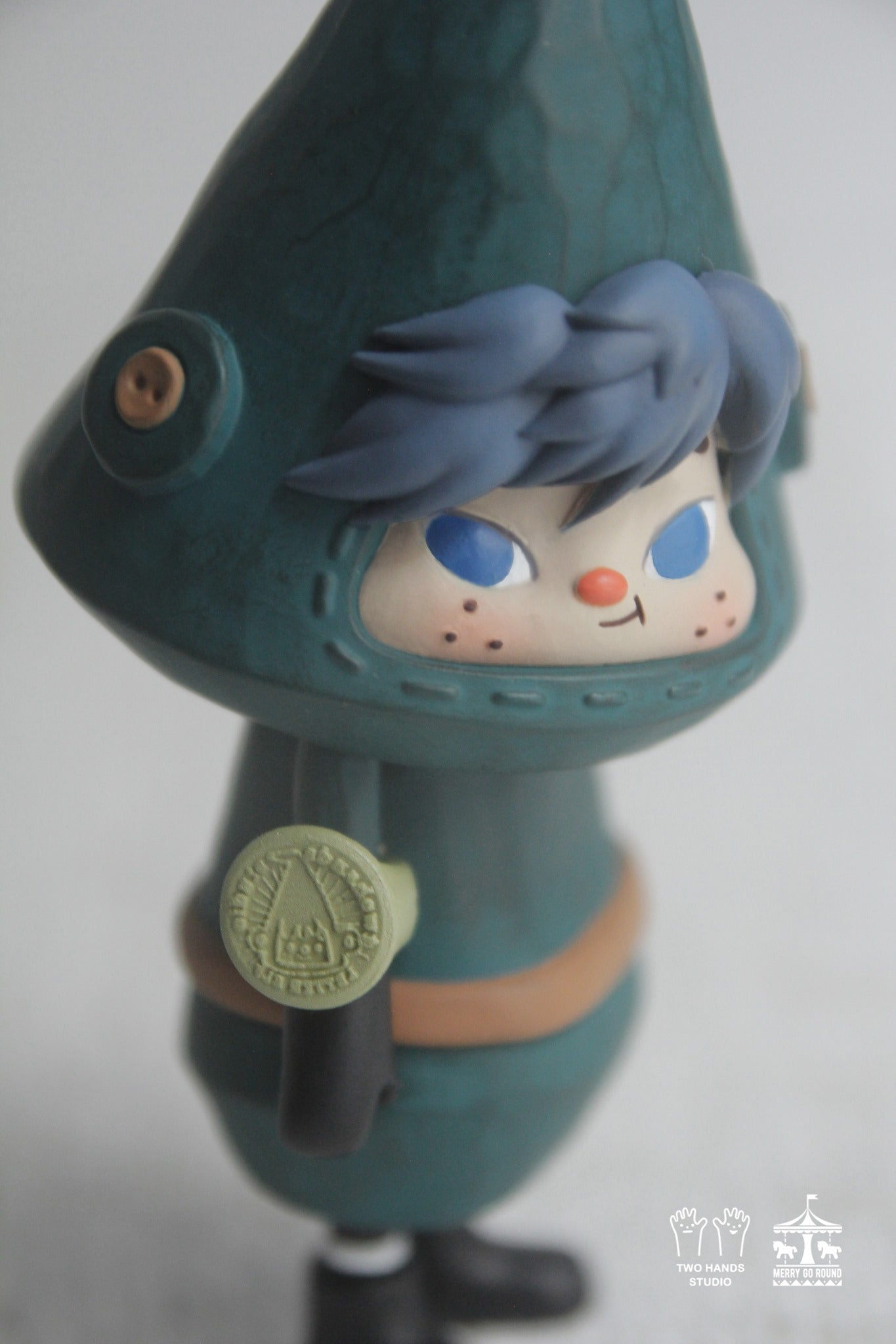 Lil' Letter Elf - Green Lake by Two Hands Studio x MGR - Preorder