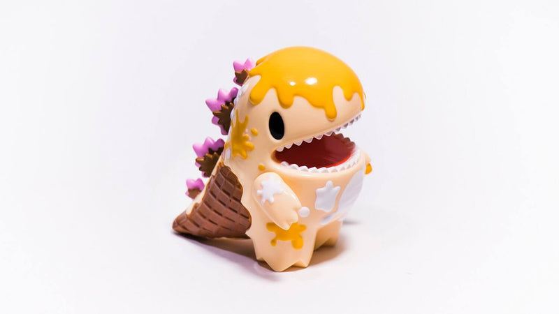 MANGO-ICE-CREAM-DINO-BY-ZIQI-MONSTER-LITTLE-X-UNBOX-INDUSTRIES-WORLDWIDE-RELEASE