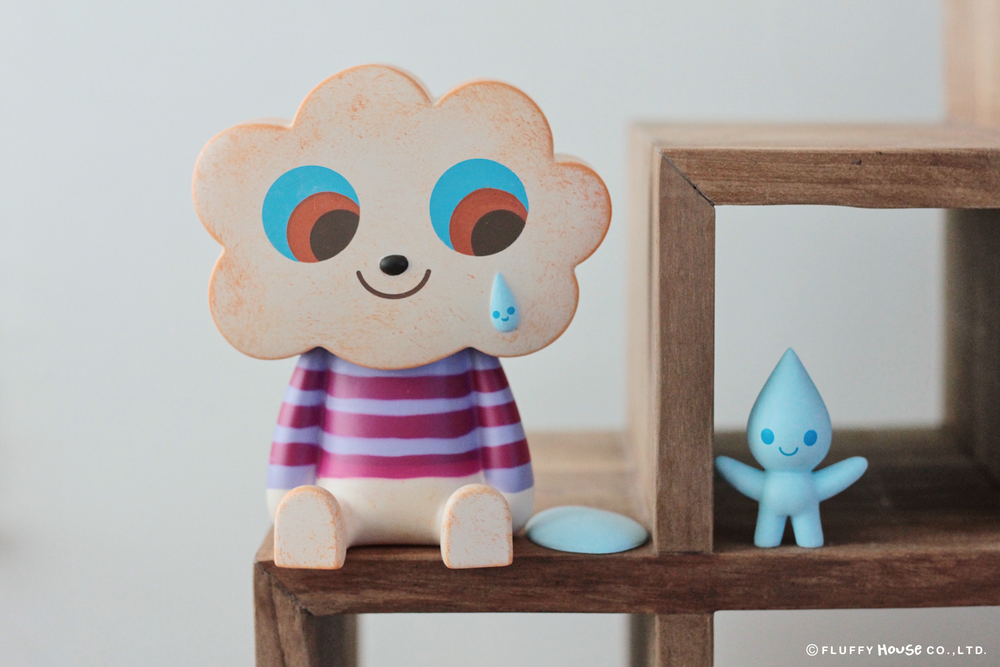 BLACK CLOUD VINYL TOY FIGURE BY FLUFFY HOUSE X AMANDA VISELL