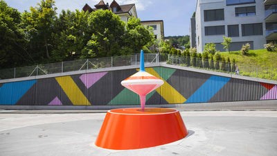 Surrli Sculpture - a spinning top taking the world by storm