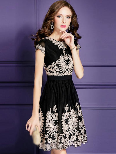 Embroidery O-Neck Short Sleeve A-Line Dress