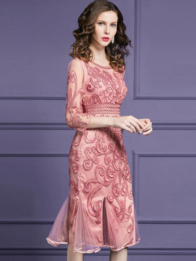 Embroidery Mermaid O-Neck 3/4 Sleeve Bodycon Dress