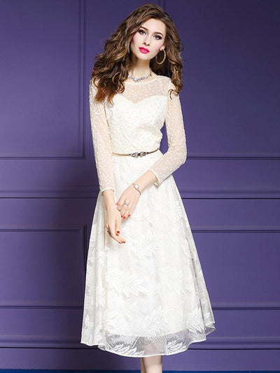 Stylish White Lace O-Neck Long Sleeve Skater Dress
