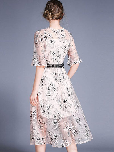Suave Flare Sleeve Embroidery Lace A-Line Casual Dresses