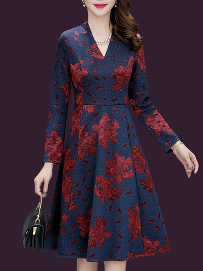 Embroidery V-Neck 3/4 Sleeve Skater Dress