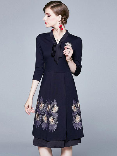Brief Stitching Chiffon Embroidery Lacing Skater Dress