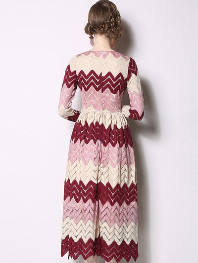 Fashion Multicolor Lace Raised Grain Big Hem Maxi Dress