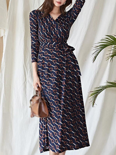 Holiday Print Lacing Belted Maxi Dress