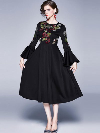 Vintage Embroidery Print A-Line Flare Sleeve Maxi Dress