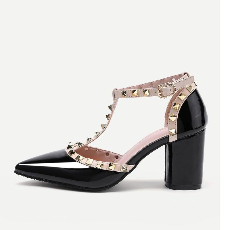 Rockstud Decorated Point Toe Heeled Shoes - Anabella's