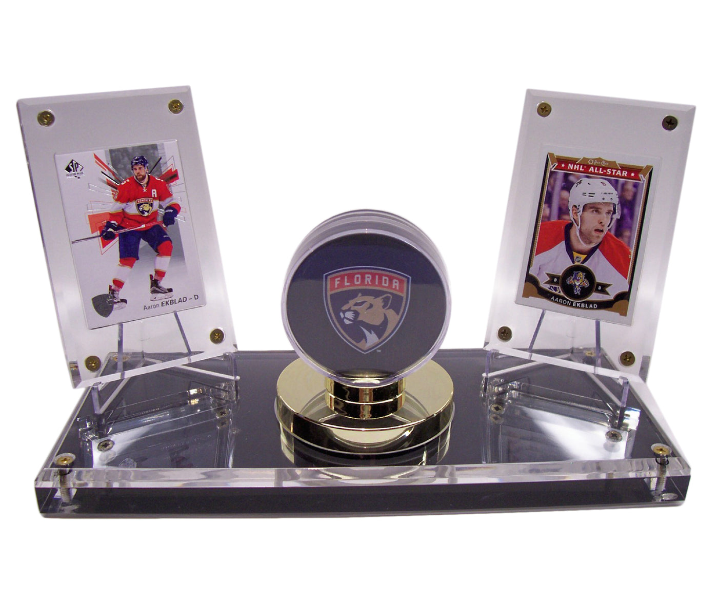 12 ALL NEW GOLD BASE HOCKEY PUCK DISPLAY CASE HOLDERS