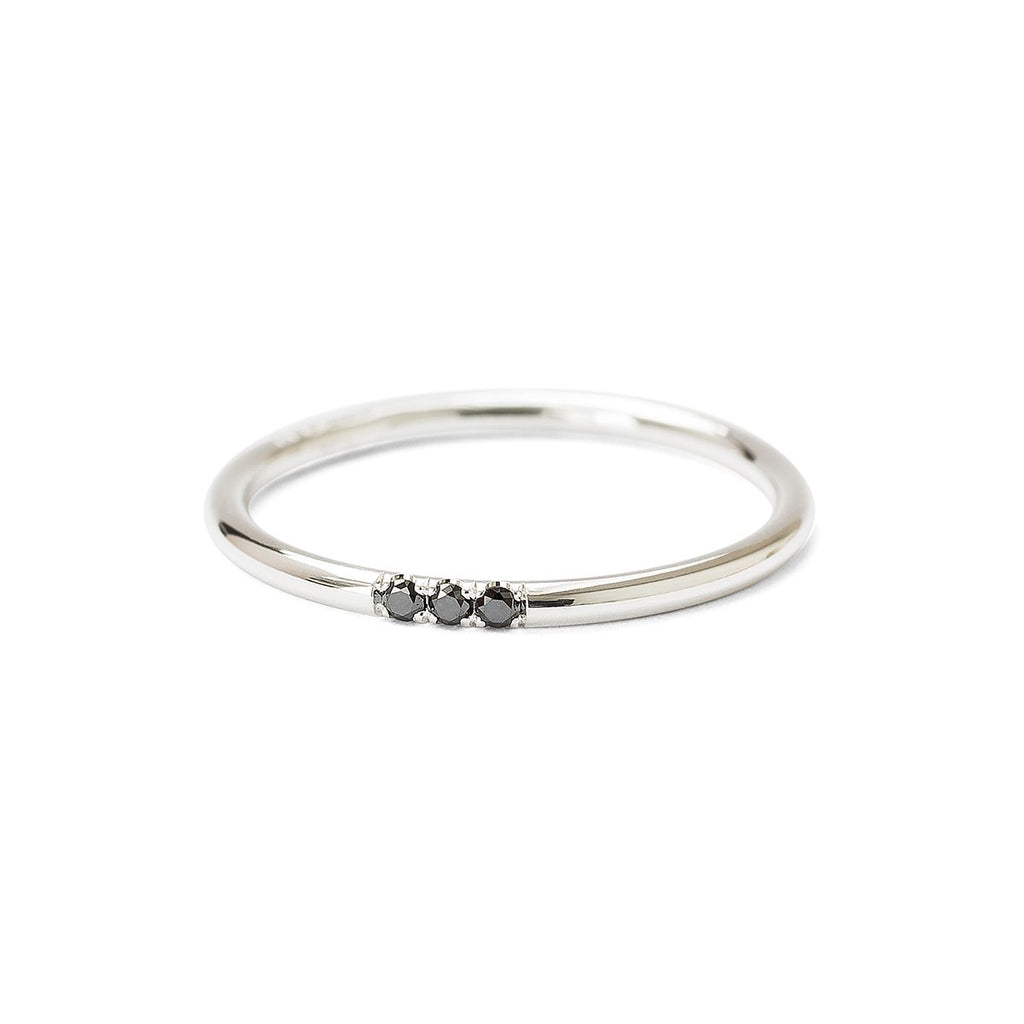 Stardust triplet ring silver