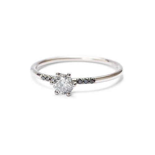The Starlet ring - white gold