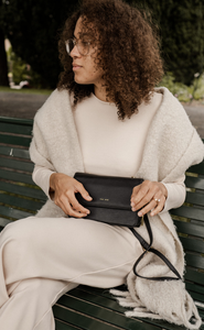 Jane Crossbody